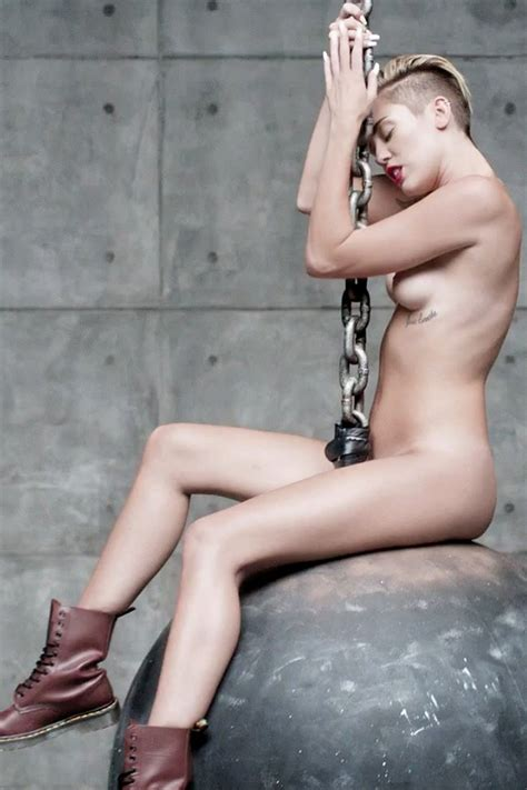 miley naked picture jpg 800x1200